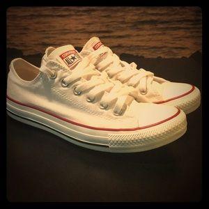 Converse size 7.5 US 38 EUR